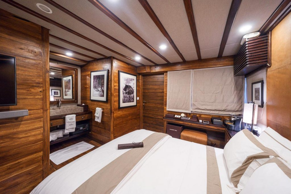 Peeking into Boutique Luxury Komodo Yacht Charter to Cruise Flores