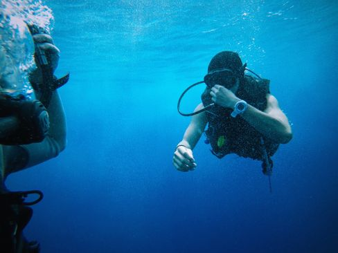 Important humble advices when scuba diving for beginners you have to know and realise